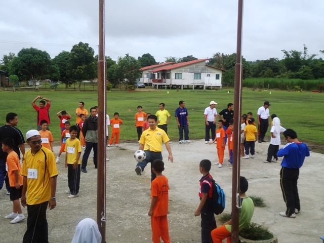 Larian Serentak 1Murid 1Sukan 1 Malaysia -1julai2011 - Page 3 Dsc05518