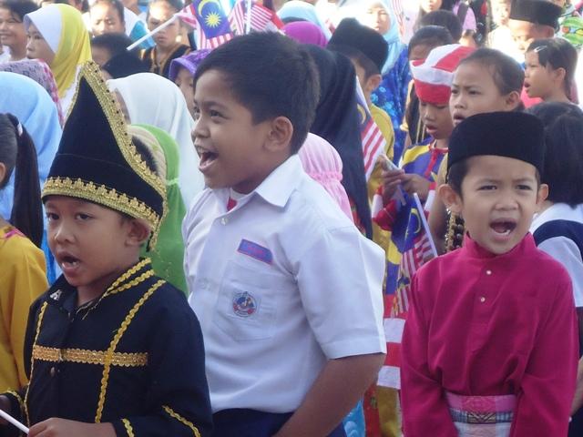 Sambutan Hari Kemerdekaan -19ogos2011 - Page 2 Dsc06142