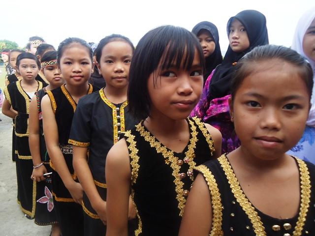 Sambutan Hari Kemerdekaan -19ogos2011 - Page 3 Dsc06223