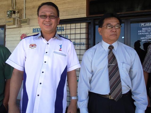 Sumbangan kerusi meja drpd Ahli Parlimen P180 Keningau Dsc06811