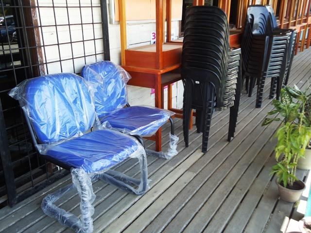 Sumbangan kerusi meja drpd Ahli Parlimen P180 Keningau Dsc06814