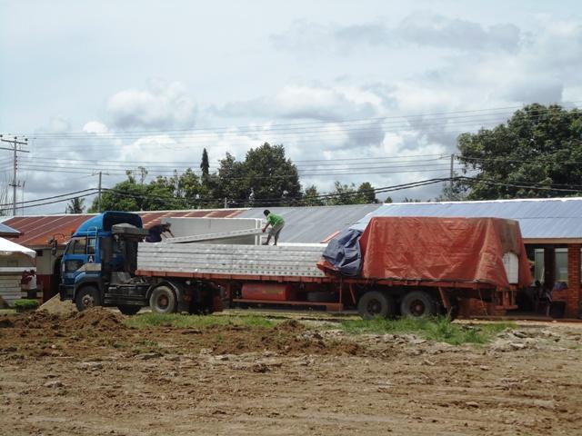 Projek pembinaan bangunan kelas 'kabin' Dsc09829