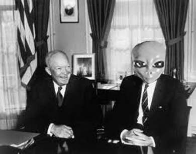 Dwight Eisenhower tuvo contacto extraterres en 1954 Img_re10