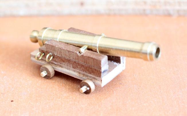 Canonnière hollandaise Canon10