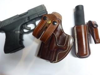 HOLSTER pour Colt 45 by SLYE P1060852
