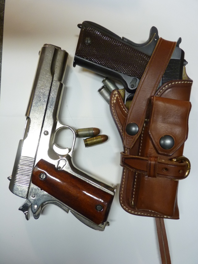 "The ""WILD BUNCH"" I.S HOLSTER by SLYE P1070521"