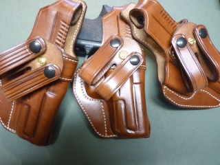 HOLSTER pour Colt 45 by SLYE P1070851