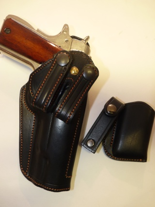 HOLSTER pour Colt 45 by SLYE P1100615