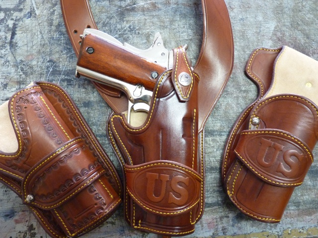 "The ""WILD BUNCH"" I.S HOLSTER by SLYE Wb11"