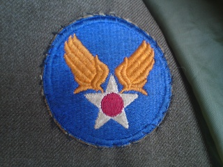 [U.S.A.] Caporal de l'USAAF en tenue de sortie (1945) Dsc00521