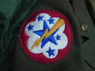 [U.S.A.] Technician staff sergeant de l'Anti Aircraft Command en tenue de sortie (Décembre 1945) Dsc00528