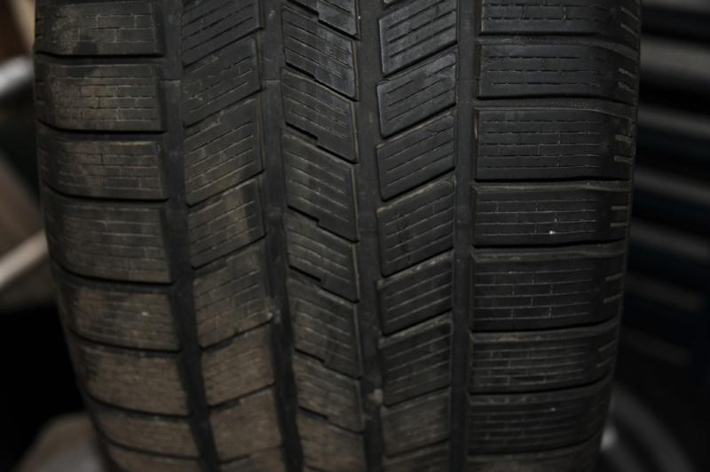 Vend pneus hivers 17'' avec jantes Dsc_9514