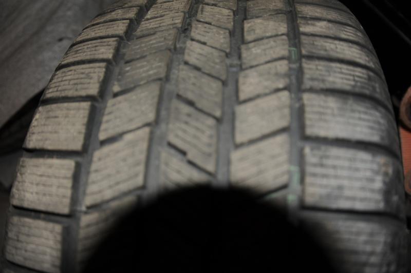 Vend pneus hivers 17'' avec jantes Dsc_9516