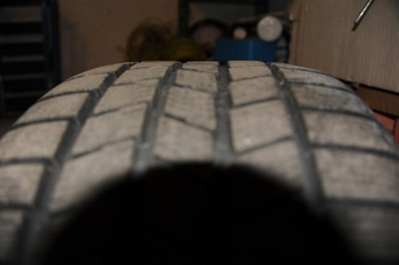 Vend pneus hivers 17'' avec jantes Dsc_9610