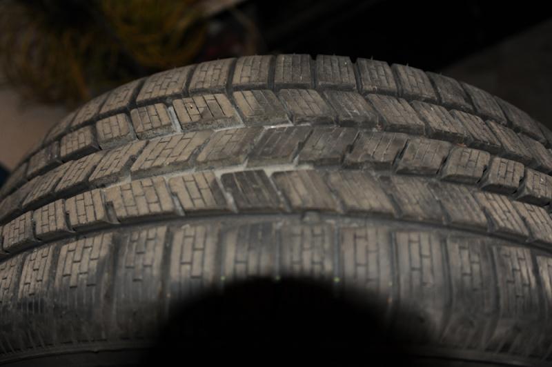 Vend pneus hivers 17'' avec jantes Dsc_9612