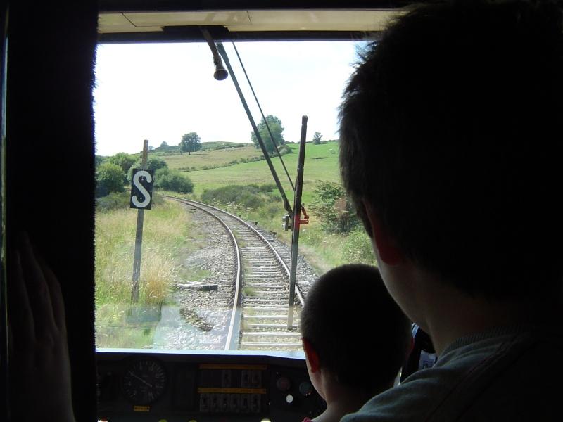 TRAIN GENTIANE EXPRESS Dsc04912