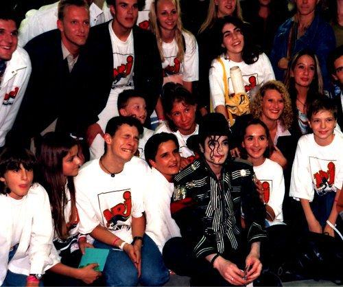 Raridades: Somente fotos RARAS de Michael Jackson. - Página 6 Ueee10
