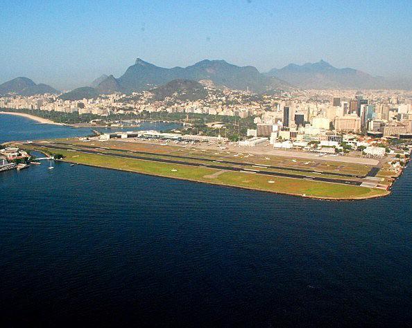 Ces aéroports qui font peur... Rio_de12