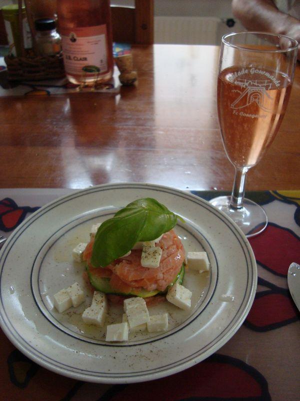 Tartare de saumon et courgette Dsc02220