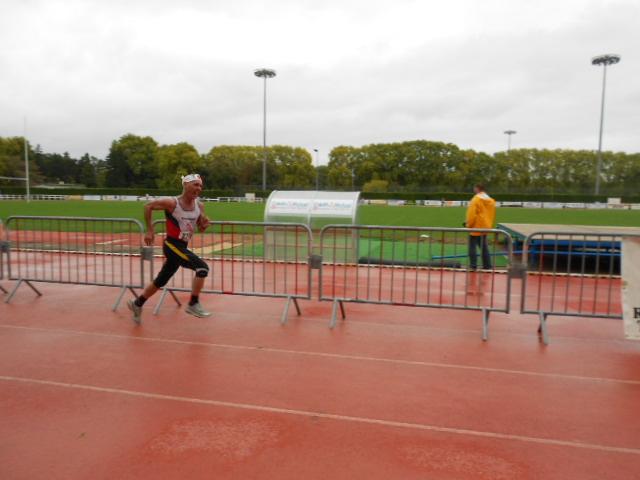 marathon - Semi Marathon et 10 km de Dole - 09/10/2011 Barrie10