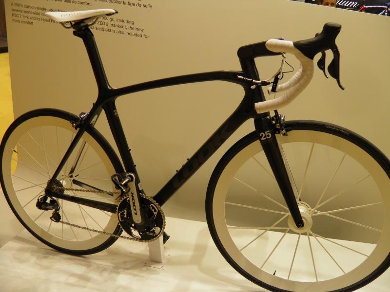 SALON DU CYCLES 2011 P9180026
