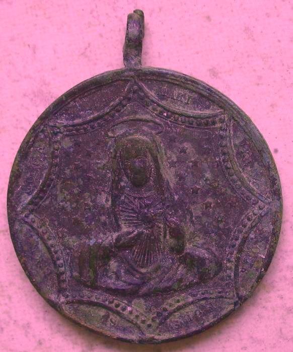 Medaille ronde Jésus/Marie - Portraits dans décor hexagonal - fin XIXème Img_2812