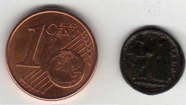 micro médaille St Thérèse - Isidore le Laboureur - Philippe Néri / XVIIème  Madail12