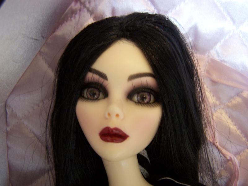 Comparaison entre elles et avec d'autres poupées 000_3931