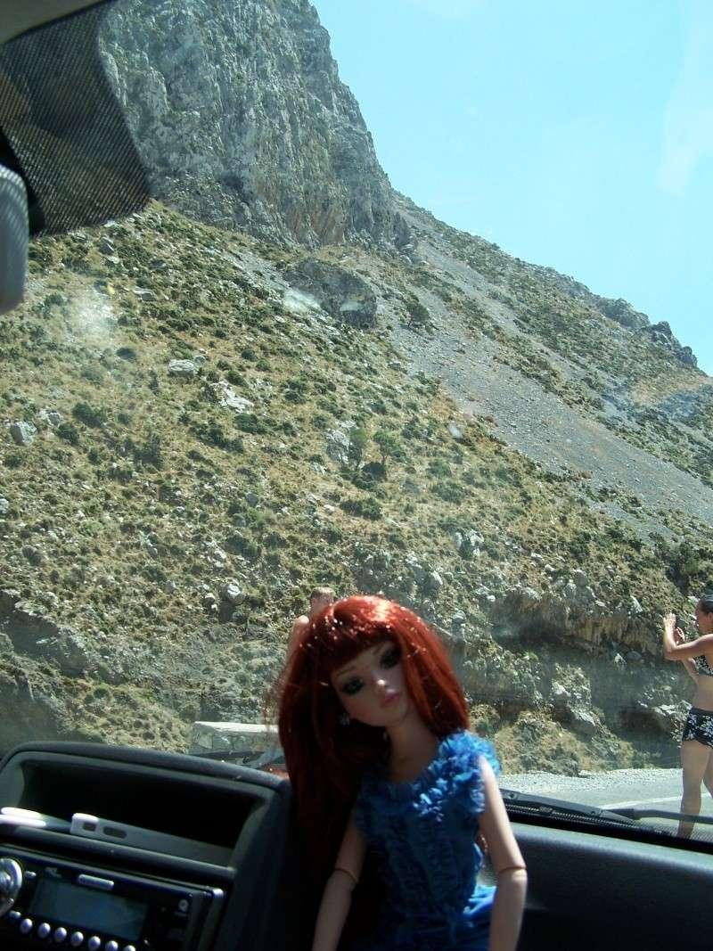 Elloiwyne (essential too wigged out) en vacances en Crète avec Mellody 100_2816