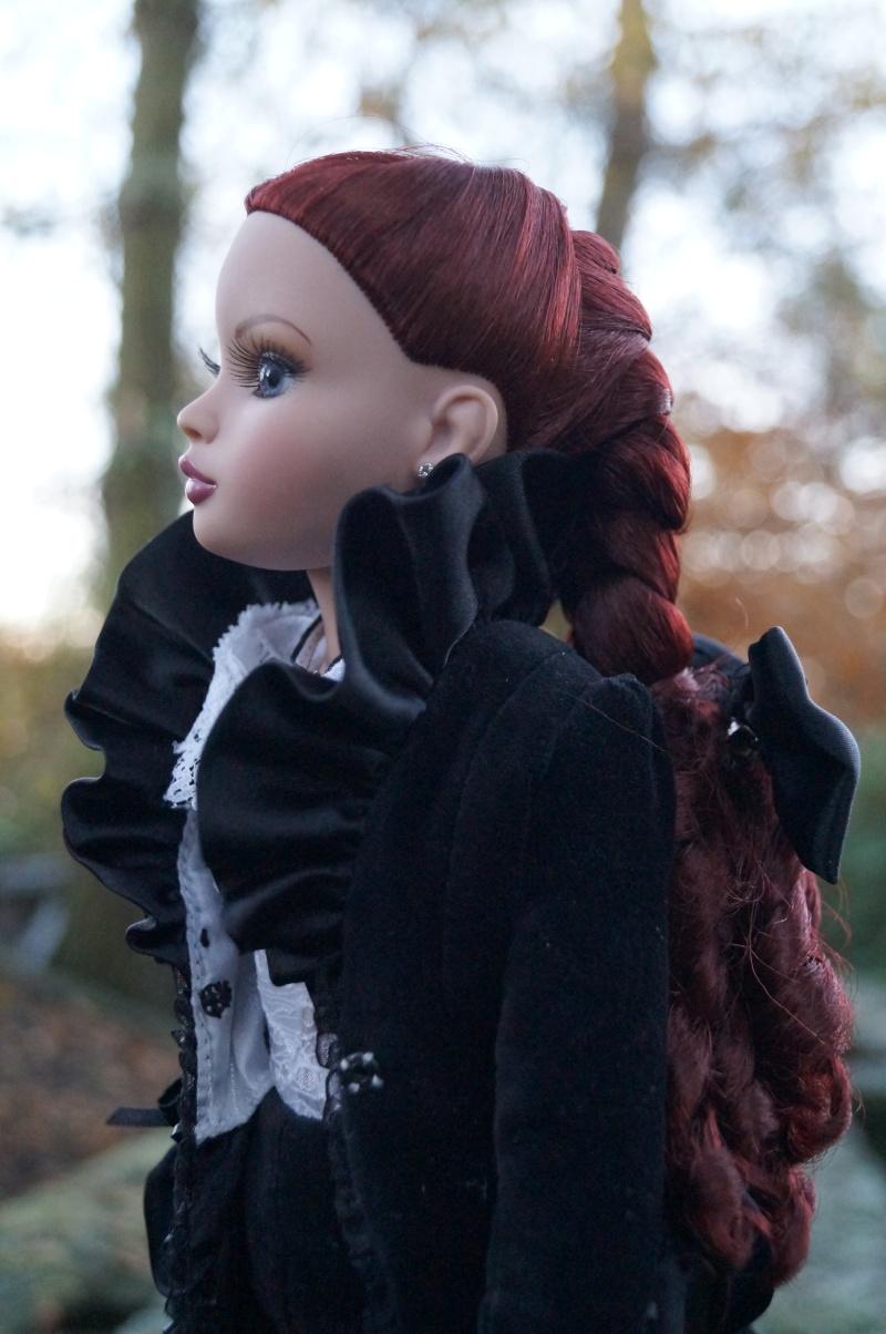 THEME DE NOVEMBRE 2012 : Le Noir , le gothique etc... Dsc00210
