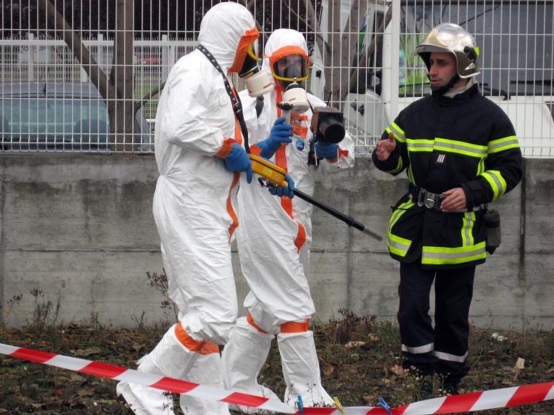 Difficile d'expliquer et vulgariser la radioprotection Img_4713