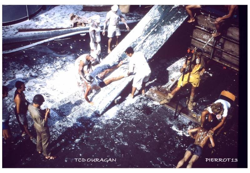 [ Les traditions dans la Marine ] LE PASSAGE DE LA LIGNE - ÉQUATEUR (Sujet unique) - Page 10 Diapos16