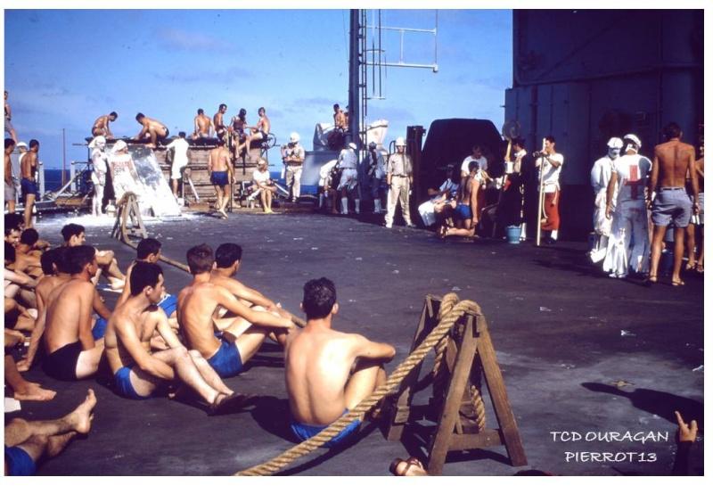 [ Les traditions dans la Marine ] LE PASSAGE DE LA LIGNE - ÉQUATEUR (Sujet unique) - Page 10 Diapos17