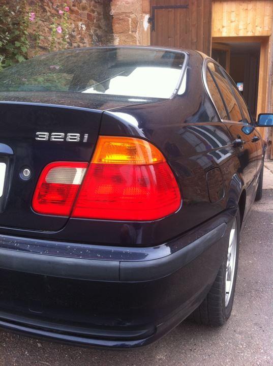 BMW 328i 31459510