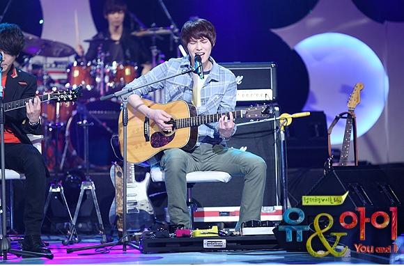 [Photos] Jonghyun @ SBS You & I Tumblr54
