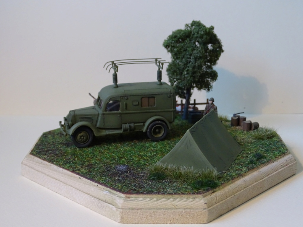 Renault ADH Radio (Wespe Models) 1/72 Dsc08516