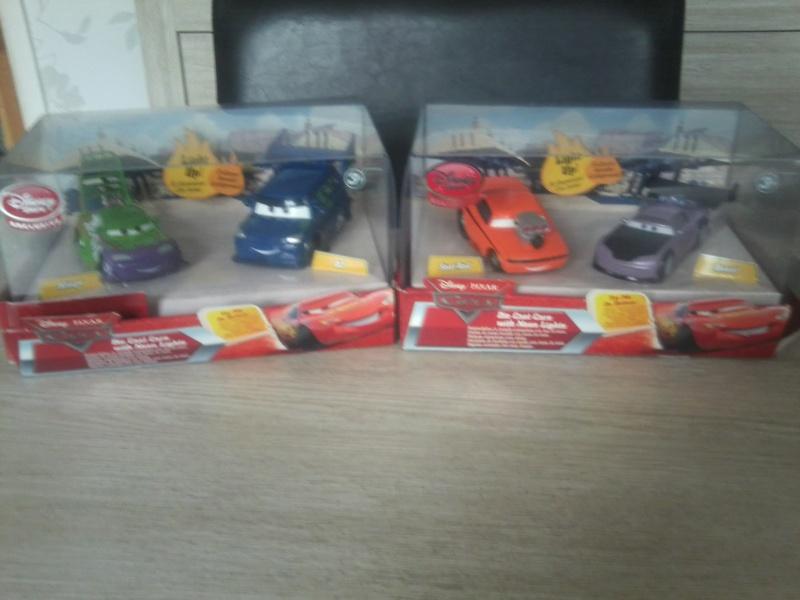 les disney store de cars-toon628 Photo075