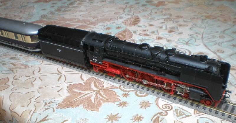 Lok 01 226 mit Stromlinientender 01_22618