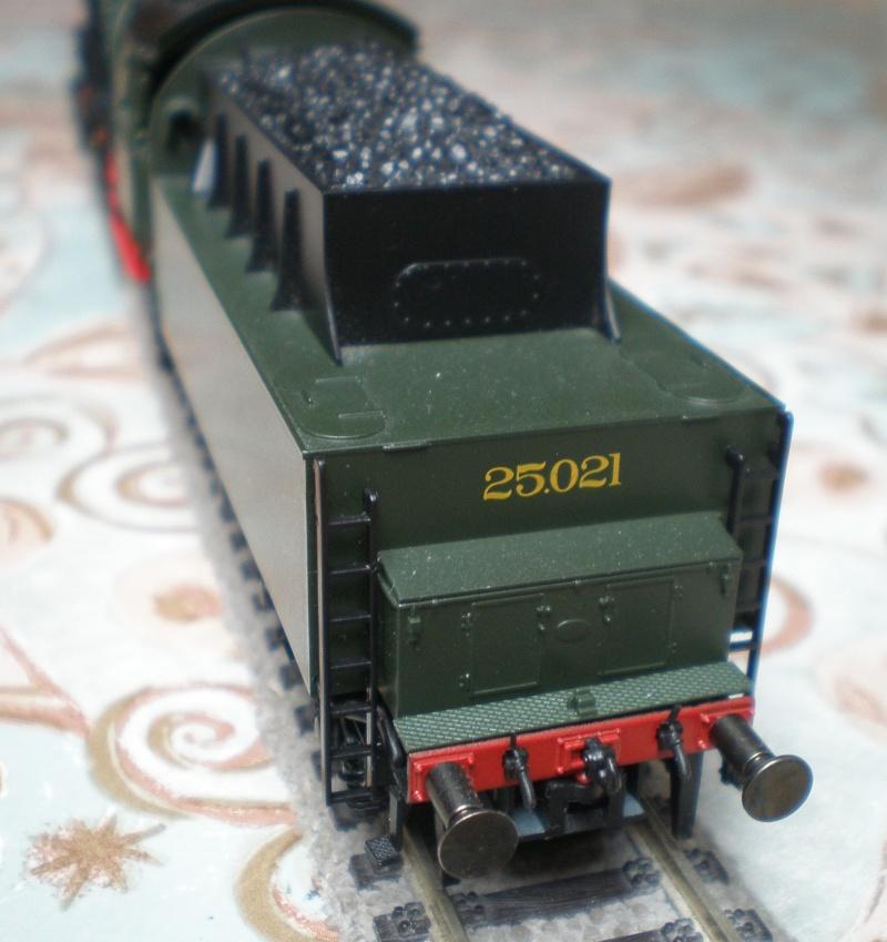 BR 44 in grün mit Tender von BR 50 P3011517