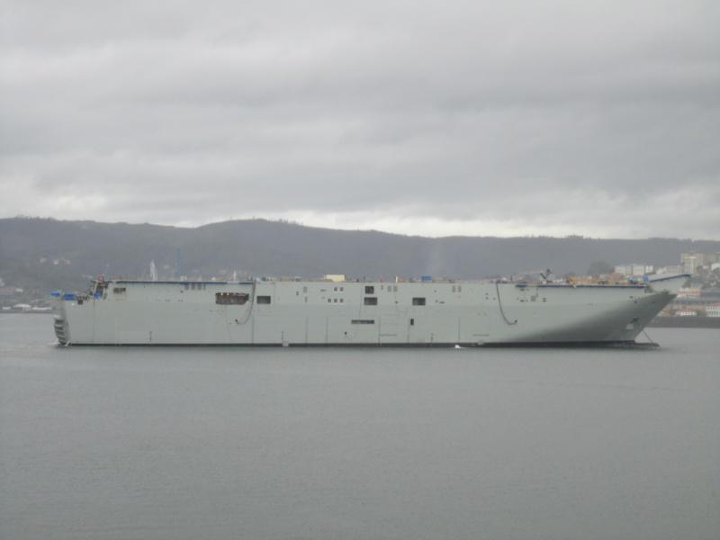 HMAS LHD Camberra (LHD01) Mayo1210