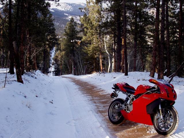Inverno: Tutto su come trattare la vostra moto 999dw10