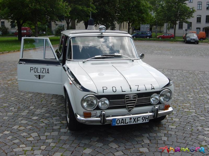 Un modèle très rare Alfa Giulia Break Promiscua - Page 2 Promis11