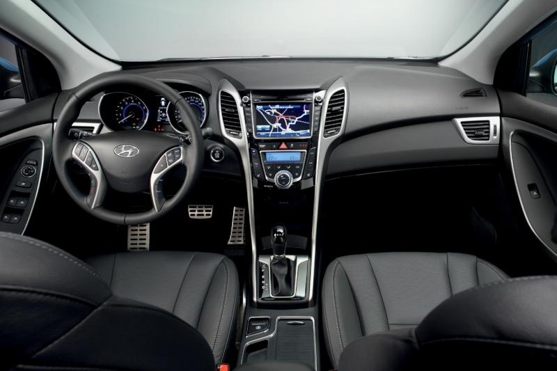 2011 - [Hyundai] i30 II Hyunda16