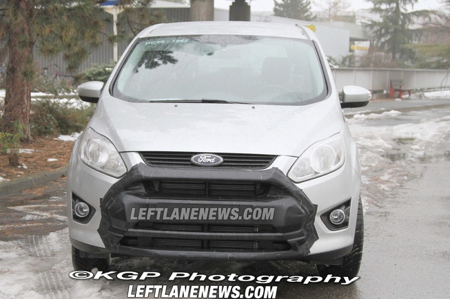 2014 - [Ford] S-Max II Smax-s10