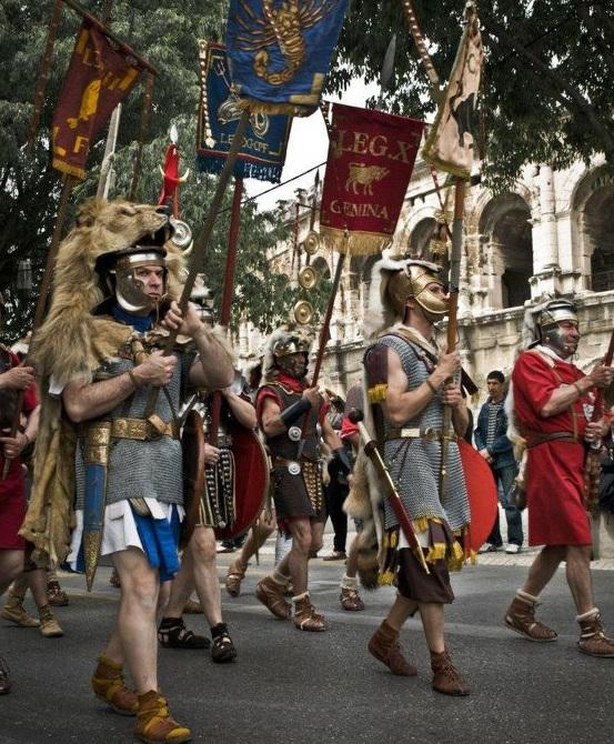 Nîmes 2012 53607410