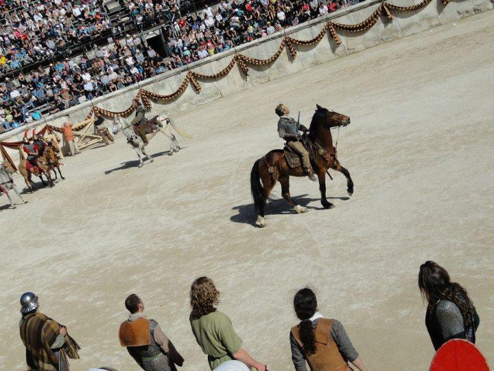 Nîmes 2012 56276510