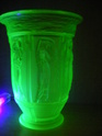 ID hints for Uranium glass vase please Glass_22