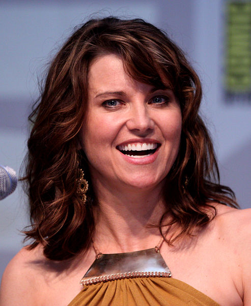 Lucy Lawless  493px-10