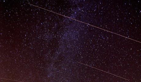 Une pluie d'étoiles va tomber sur Terre 4highr10