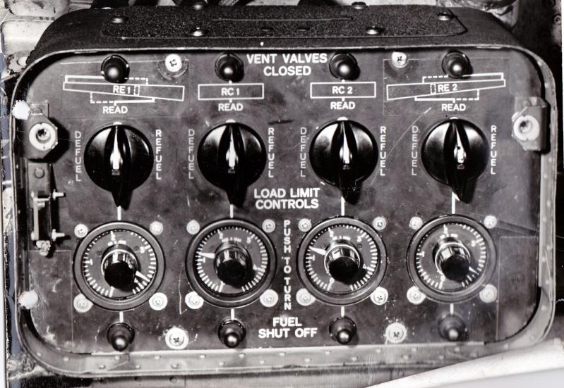 [Les anciens avions de l'aéro] ATLANTIC 1 = Vol Record de durée 1964 ou 1965 - Page 2 Boitie10